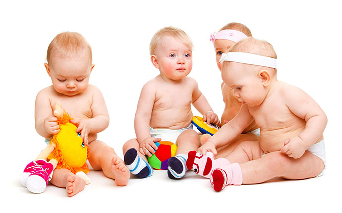 178788_real-toys-play-vital-role-child-development_2560x1600
