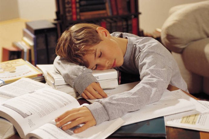 2-385_sleep_student_homework_e_h