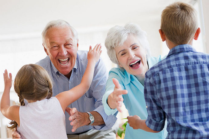 grandchildren-running-to-greet-grandparents-17163361