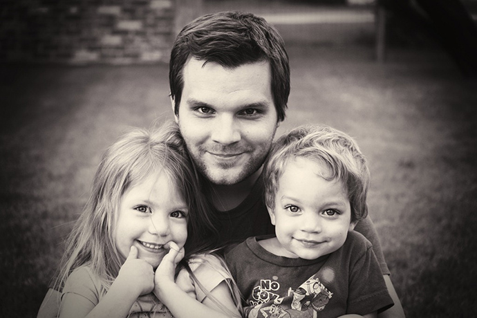daddy-and-kids-bw1