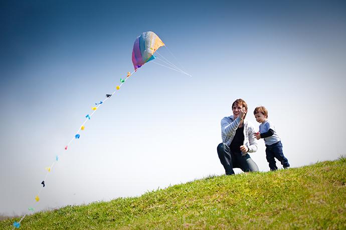 5b39470d3a6648d9_kite_flying_shuter