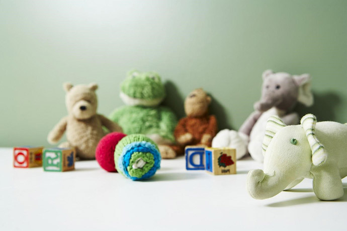5-Toys-Your-Kids-Played-With-You-Shouldnt-Throw-Away