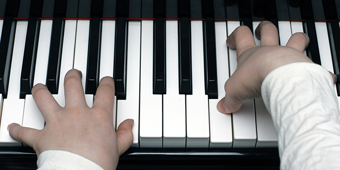 o-KID-PLAYING-PIANO-facebook