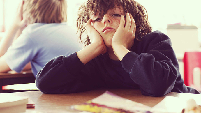 lazy-kids-on-schools-hd-pictures-hdwallwide-com