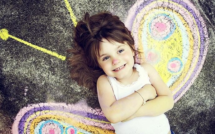 happy-child-graffiti-butterflyscreen-1920x1200